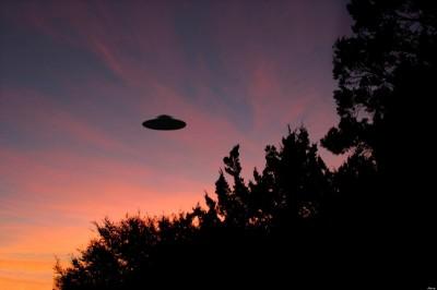 Στο φως οι ενδείξεις για επαφές με UFO