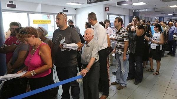 Διπλή συμφορά για τους Ελληνες φορολογούμενους