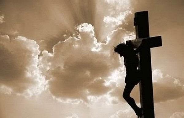 Ιατροδικαστής αναλύει τα αίτια θανάτου του Χριστού