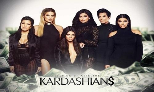 """Οι Kardashians υπέγραψαν νέο """"χρυσό"""" συμβόλαιο"""