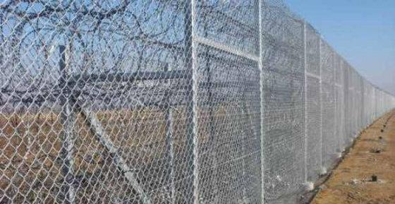 Νεολαία ΣΥΡΙΖΑ: Θα γκρεμίσουμε το φράχτη της στον Έβρο για να μπουν οι ξενοι