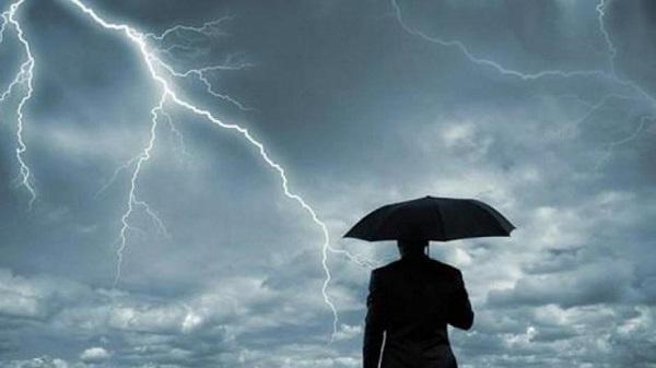 Που θα εκδηλωθούν βροχές και καταιγίδες – Χαλάει ο καιρός