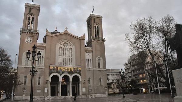 Κλειστές οι εκκλησίες μέχρι και τις 28 Απριλίου