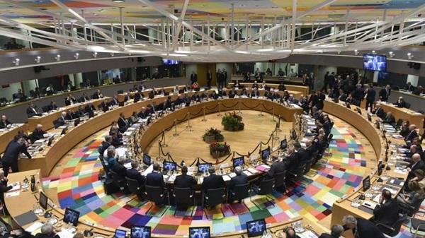 Σύνοδος Κορυφής για την ενότητα της ΕΕ – Σε θέσεις μάχης Βορράς και Νότος