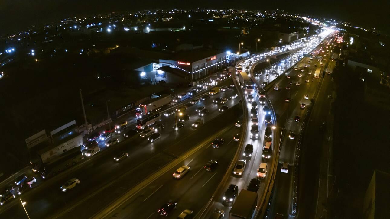 Πάνω από 70 χιλιάδες οχήματα πέρασαν τα διόδια το τελευταίο 24ωρο