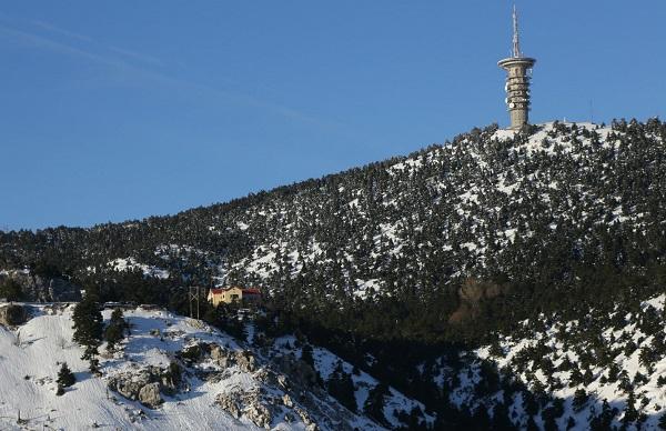 Τα πρώτα χιόνια επεσαν στην Αττικη
