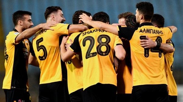 Η ΑΕΚ έφυγε νικήτρια από τη Λαμία με 1-0
