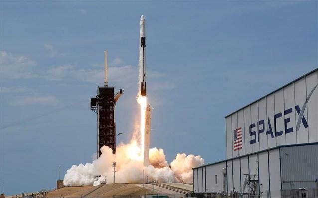 H SpaceX ετοιμάζεται για τη δεύτερη επανδρωμένη της διαστημική πτήση